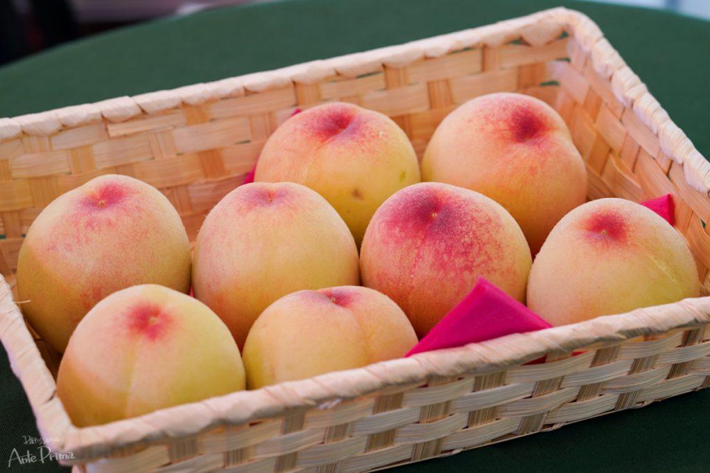 川西市 佐々木さんの桃